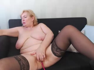HotGiantPleasure - Video VIP - 214775101