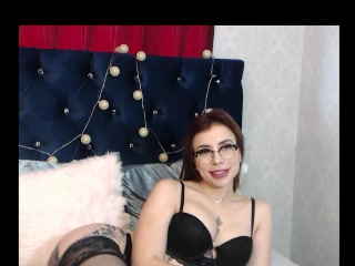 Lorrainne - Video VIP - 350944840